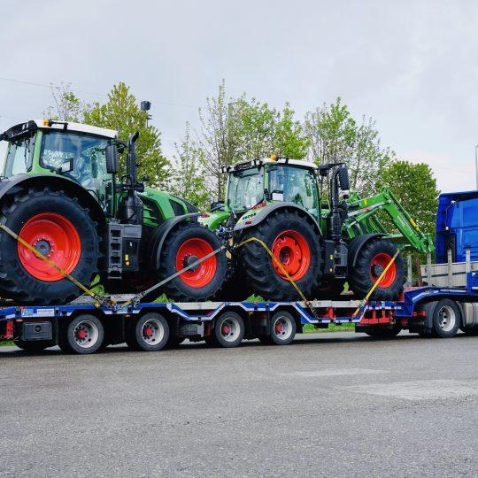 https://www.leinsle.com/wp-content/uploads/Semiteiflader-Traktor-540x540.jpeg