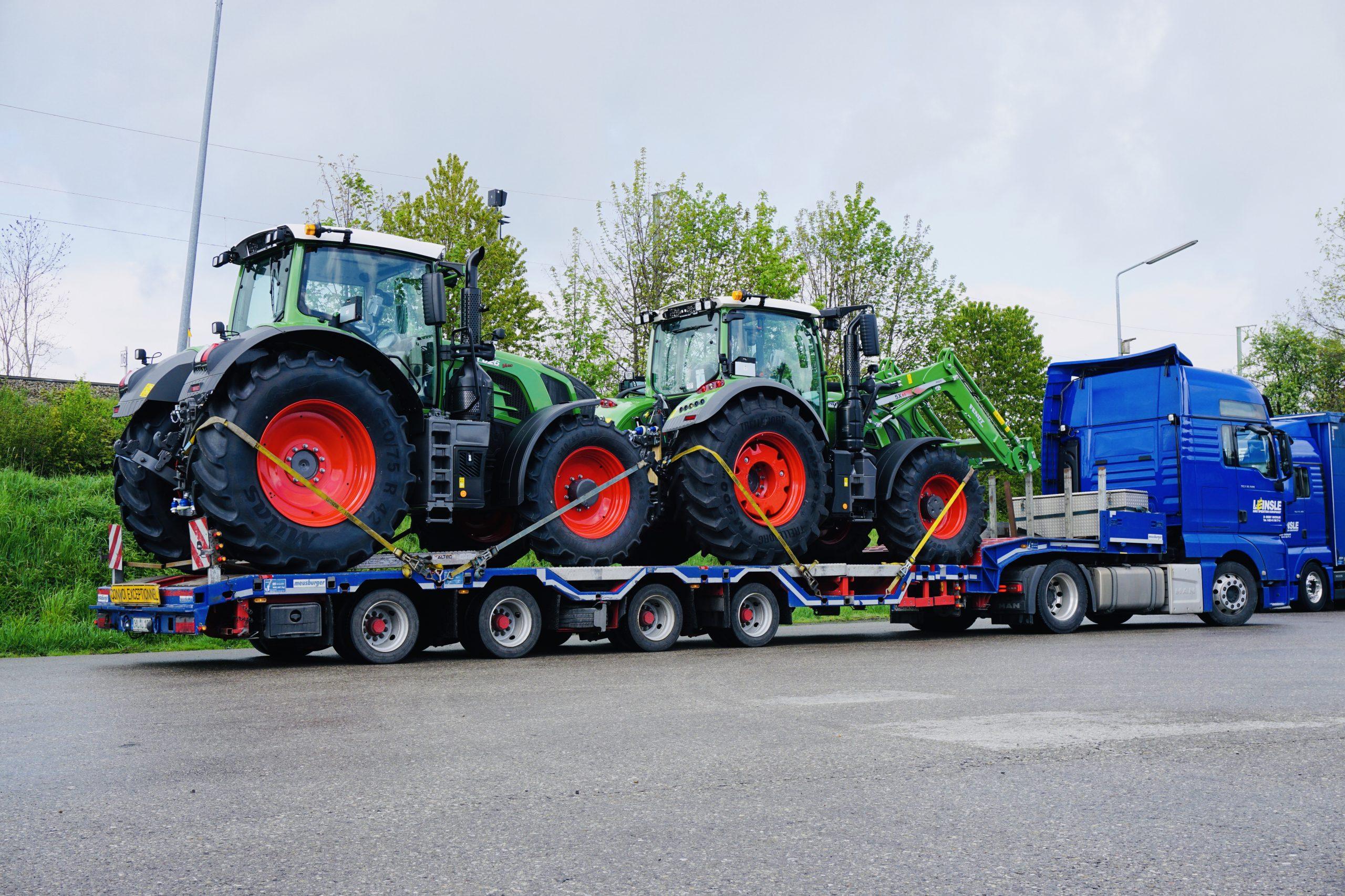 https://www.leinsle.com/wp-content/uploads/Semiteiflader-Traktor-e1578930440912.jpeg